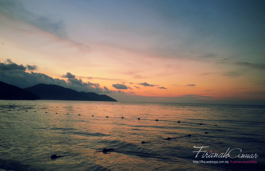 And let's call it a day with a beautiful sunset at the Batu Ferringhi Beach.