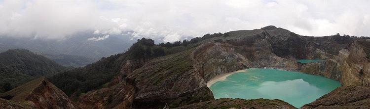 Kelimutu, Flores, Nusa Tenggara, Indonesia by Paulo Leite