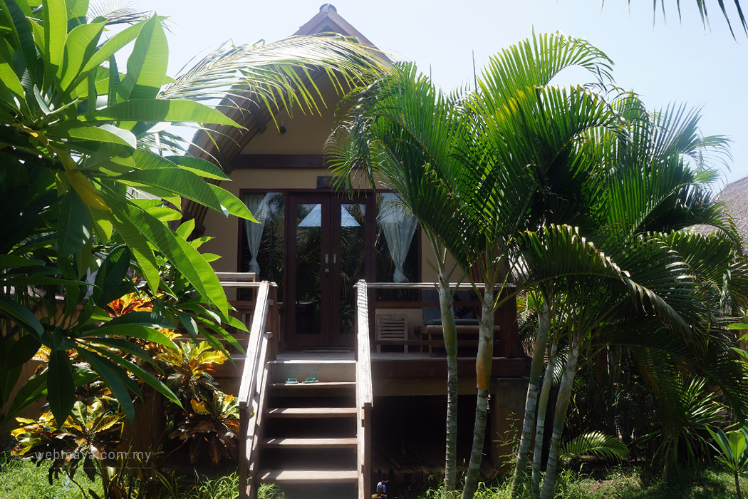 A 'lumbung sasak' house in Coconut Dream Bungalow